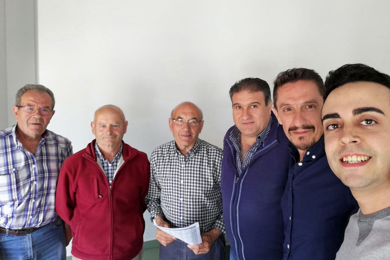 Reunión en Casas de Fernando Alonso.