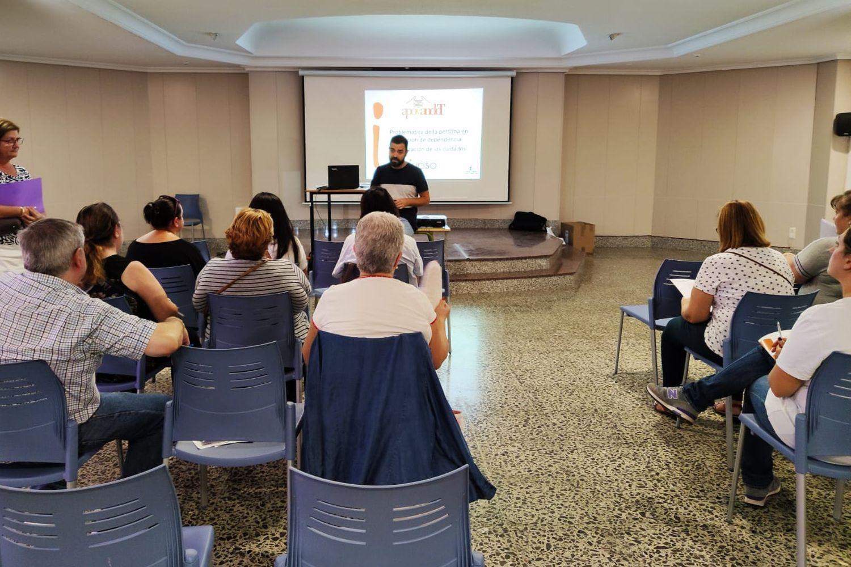 El concejal de Servicios Sociales, Semana Santa y Participación Ciudadana del Ayuntamiento de Hellín, Emilio José Pinar Peñafiel.